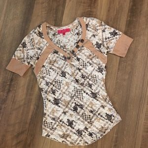 Almost Famous Short Sleeve Top